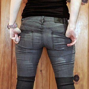 BCBGeneration Skinny Gray and Black 2 toned 26